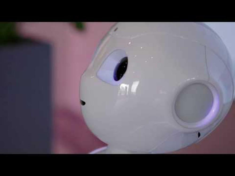 Embedded thumbnail for Pažintis su humanoidiniu robotu Pepper
