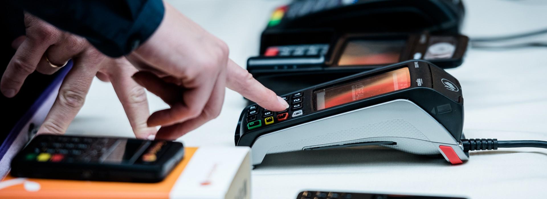 7 mažmeninės prekybos mokėjimo tendencijos | biks4.lt